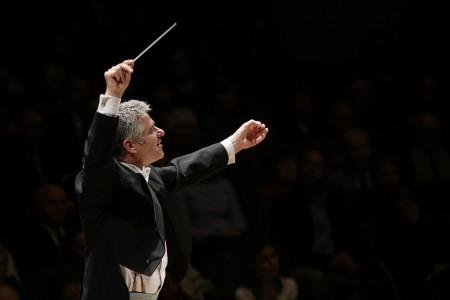 Grant Llewellyn © Michael Zirle Courtesy NC Symphony