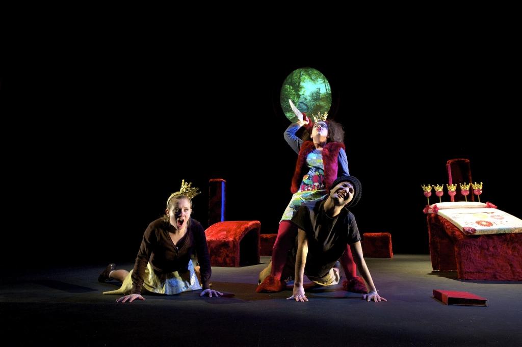 Poucet pour les grands de gilles granouillet - Les trois coups au theatre ...