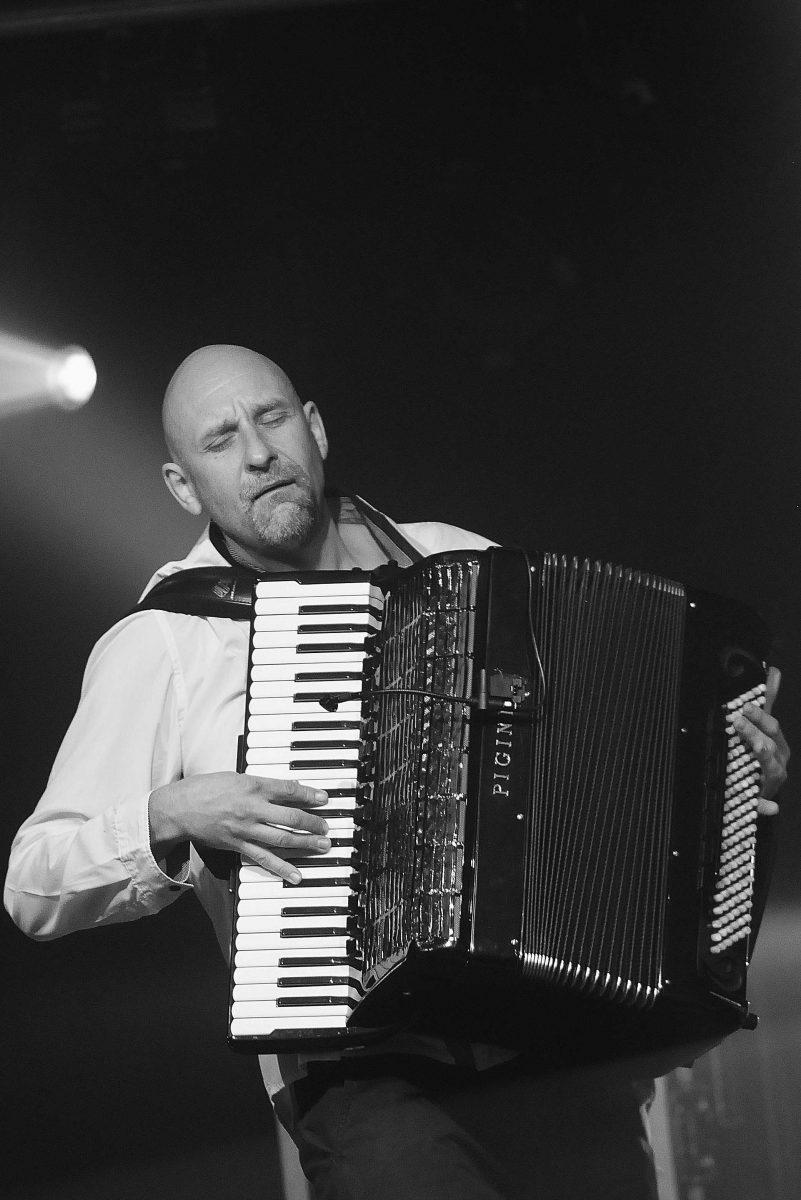 Janusz Wojtarowicz / Motion Trio © Jean-François Picaut