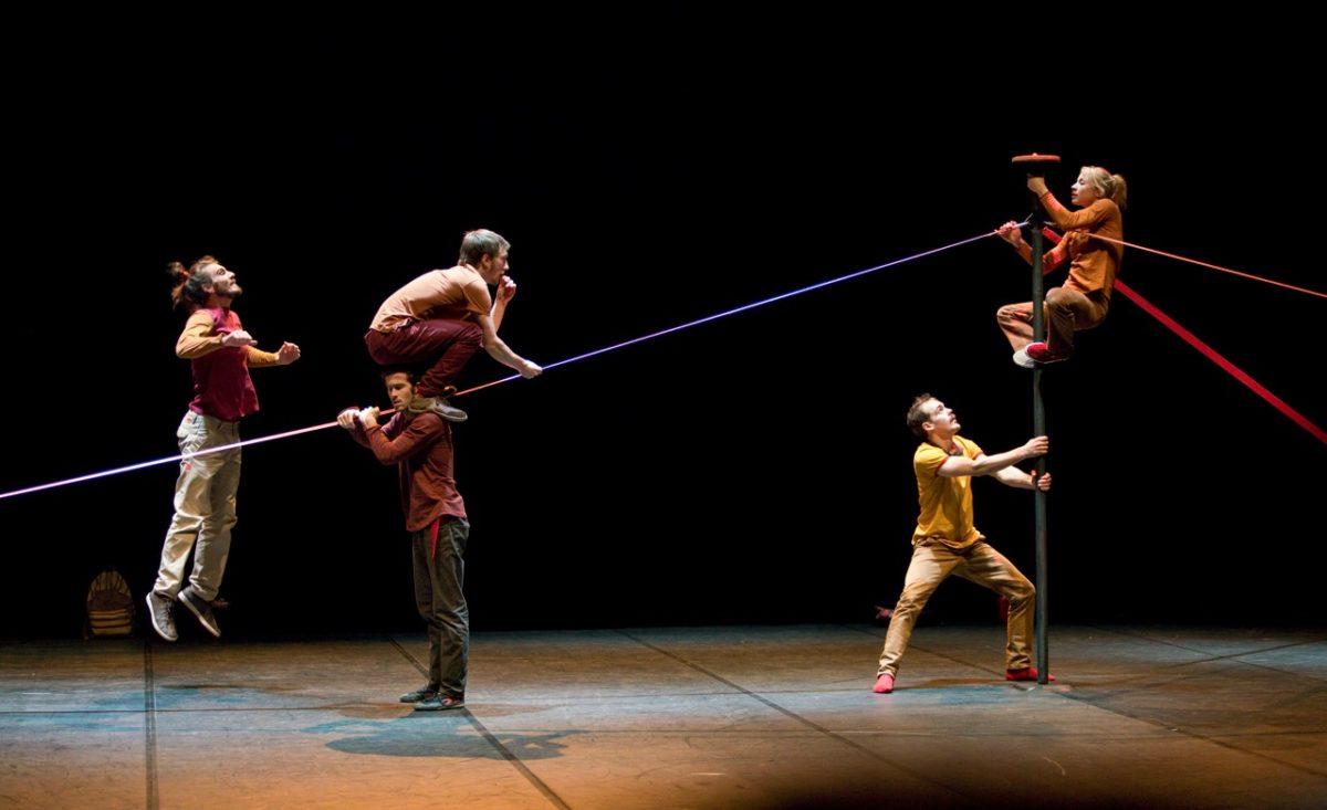 « Occitanie fait son cirque en Avignon » © S. Armengol, C. Trouilhet-photolosa, B. Hopper, H. Amiel
