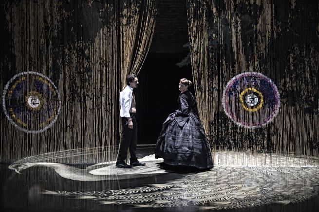«Partage de midi» de Paul Claudel – Mise en scène d'Éric Vigner ©Jean-Louis Fernandez