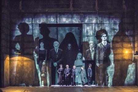 «Sei personaggi in cerca d'autore», de Luigi Pirandello, mise en scène Luca De Fusco © Marco Ghidelli