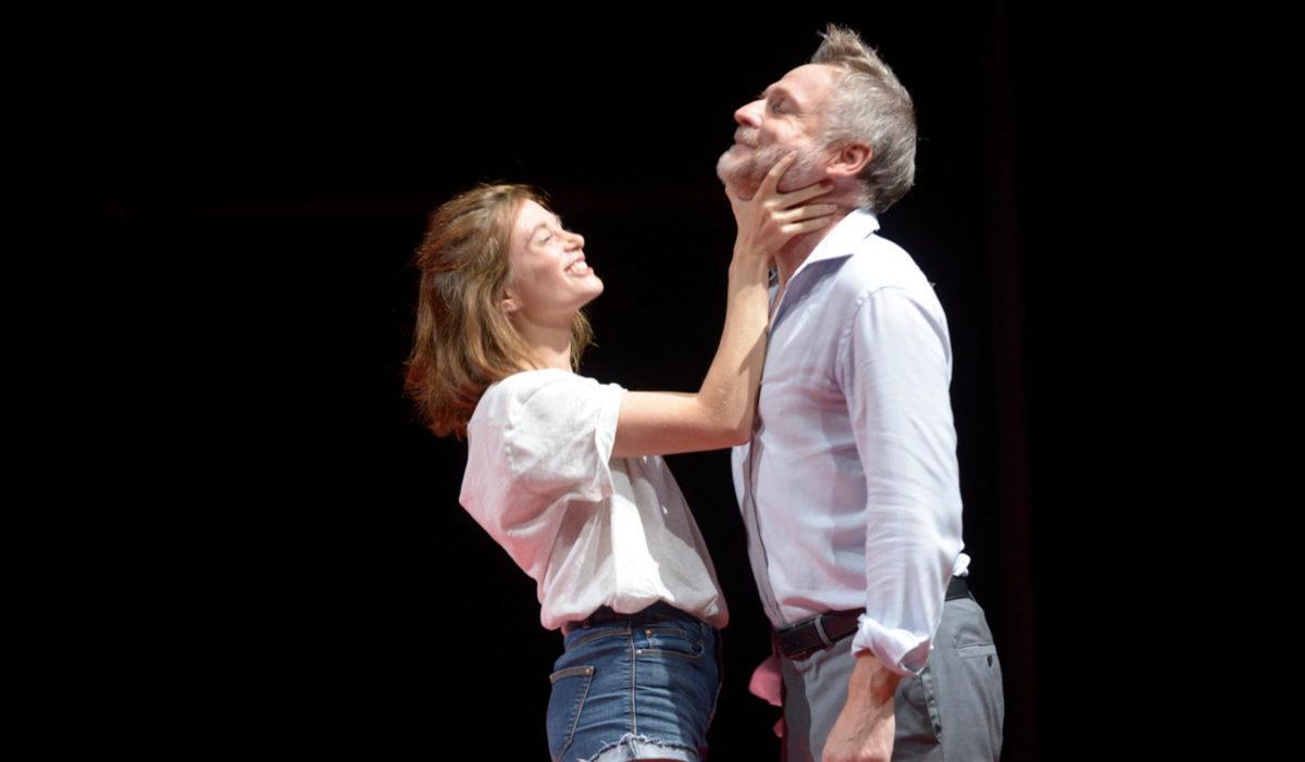 l-ecole_des_femmes-Stéphane-Braunschweig-theatre-en-mai-tdb-dijon © elizabeth_carecchio