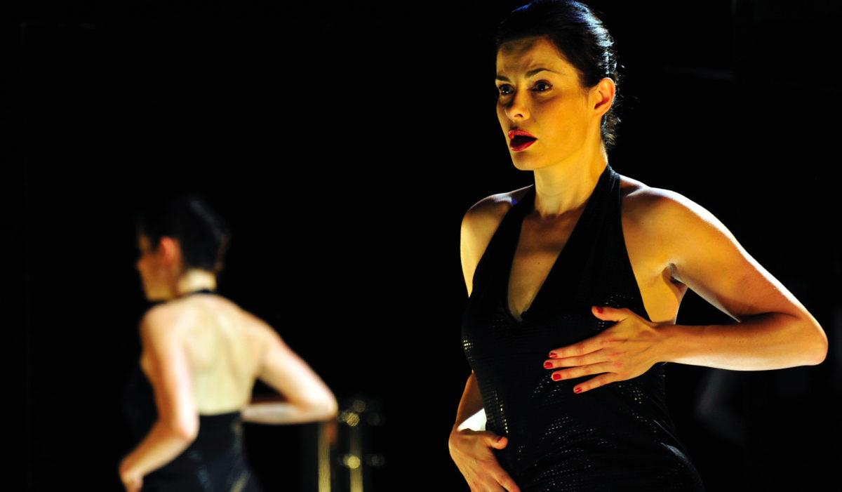 fantaisies_lideal_feminin_nest_plus_ce_quil_etait-Carole-Thibaut-theatre-en-mai-tdb-dijon