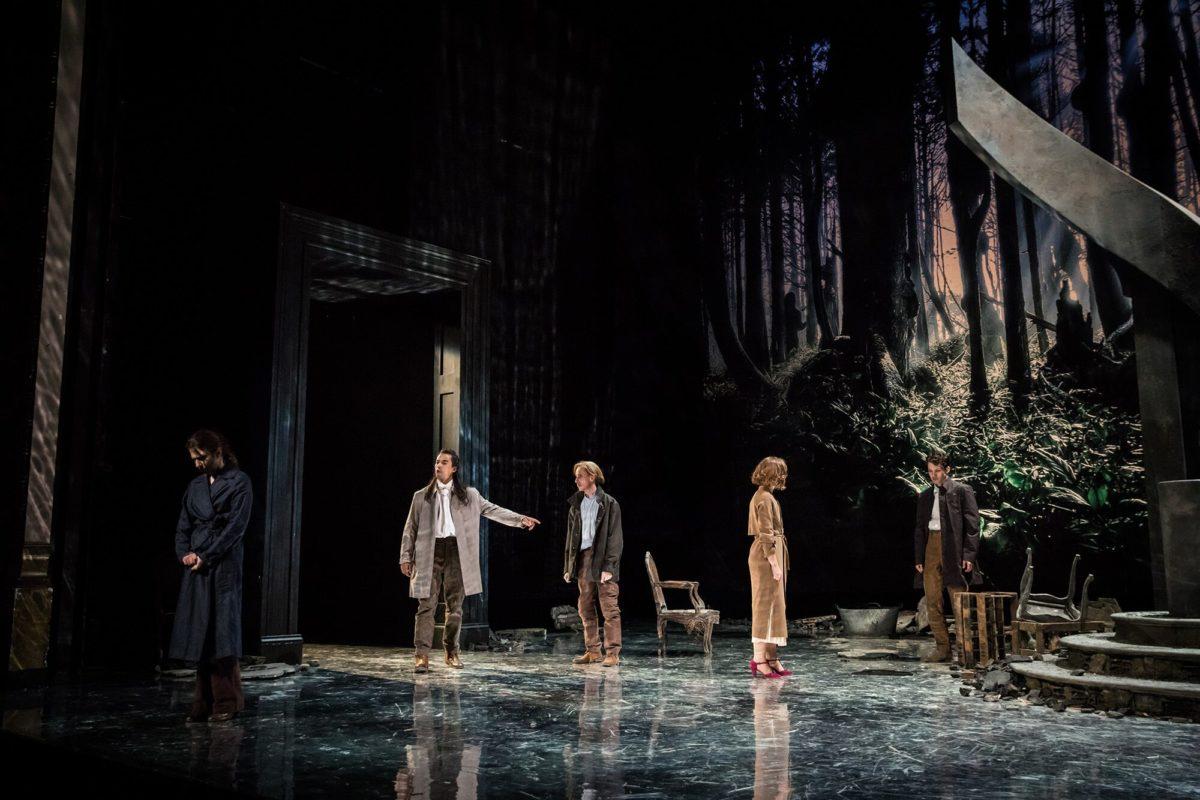 «LaPlace Royale» de PierreCorneille – Mise en scène de Claudia Stavisky ©SimonGosselin