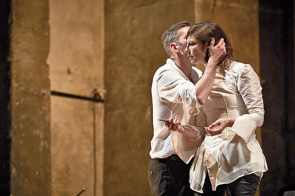 Mademoiselle-julie-Strindberg-Julie-Brochen © Christophe Raynaud de Lage / Hans Lucas