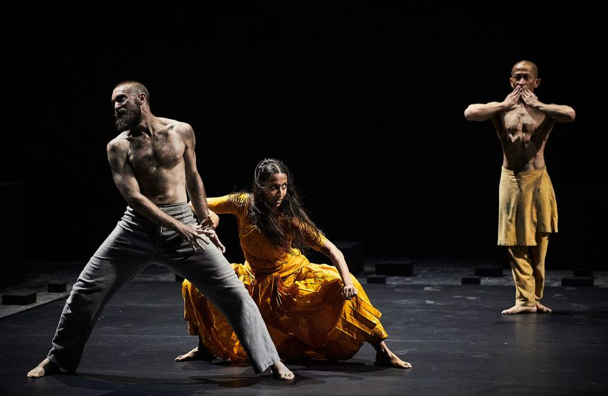 « Outwitting the devil » d'Akram Khan © Christophe Raynaud de Lage