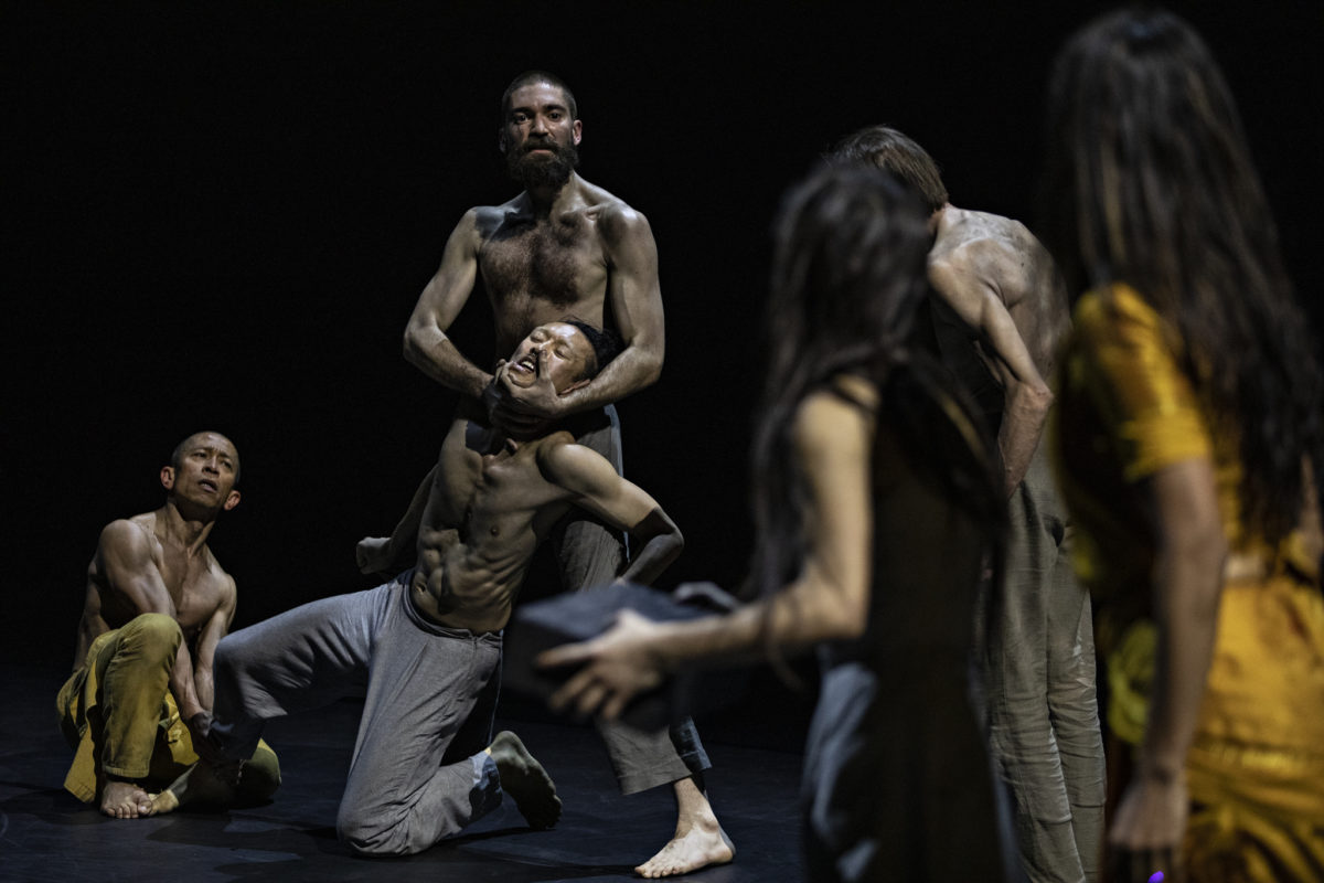 « Outwitting the devil » d'Akram Khan © Jean-Louis Fernandez