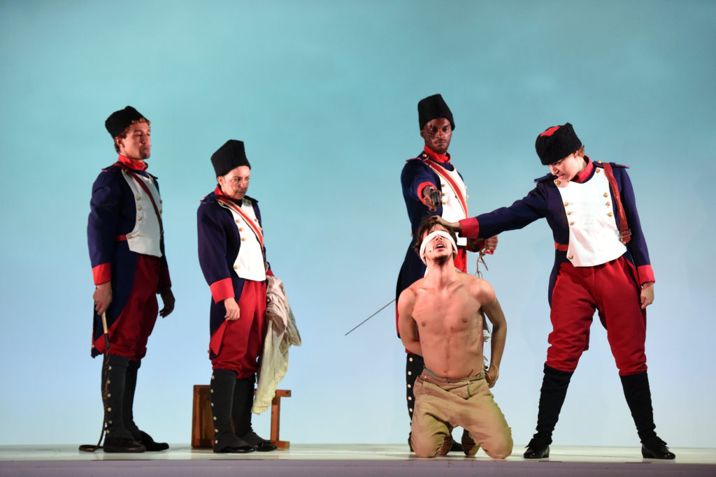 «Candide» de Voltaire – Mise en scène d'Arnaud Meunier ©Sonia Barcet