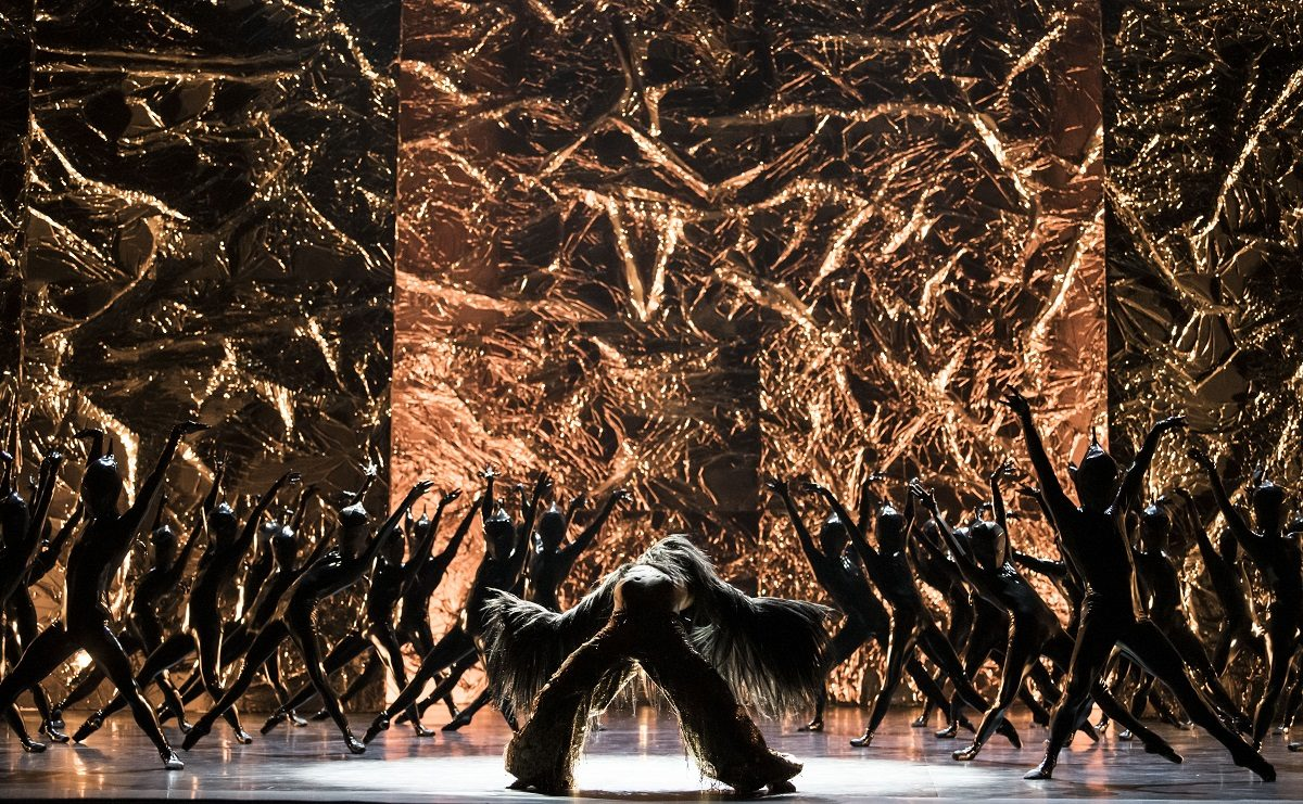 Body-and-Soul-Crystal-Pite © Julien-Benhamou-Opera_national_de_Paris.jpg