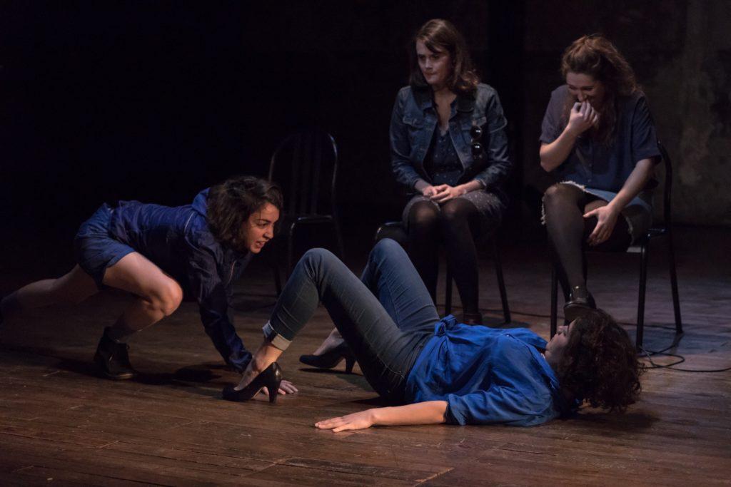 Les-Femmes-de-Barbe-Bleue-Lisa-Guez-Juste-avant-la-compagnie © Morgane Le Moal