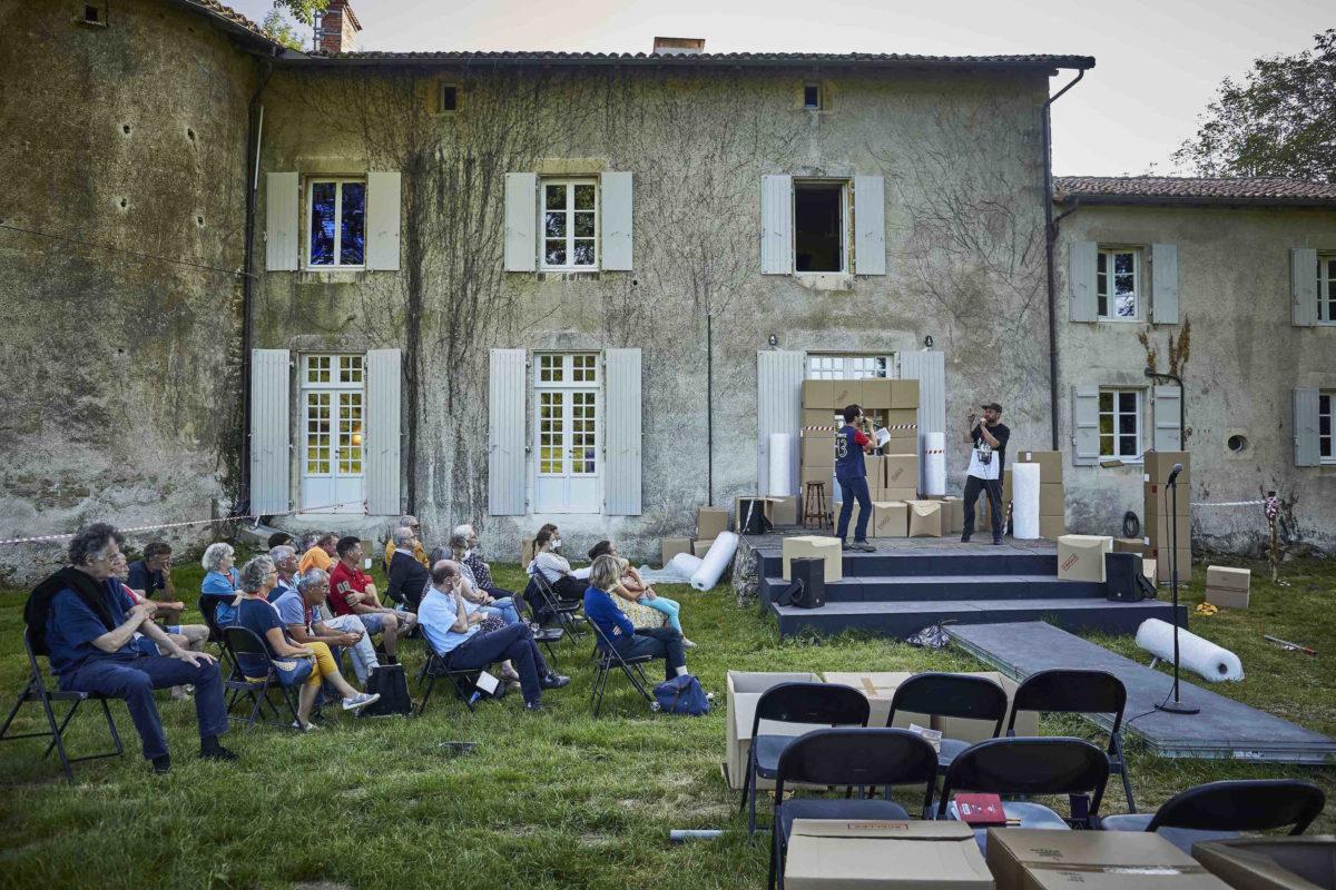 C.R.A.S.H-Sophie-Lewisch-Jeunes-Pousses-Compagnie-Hors-Jeu © Christophe Raynaud de Lage