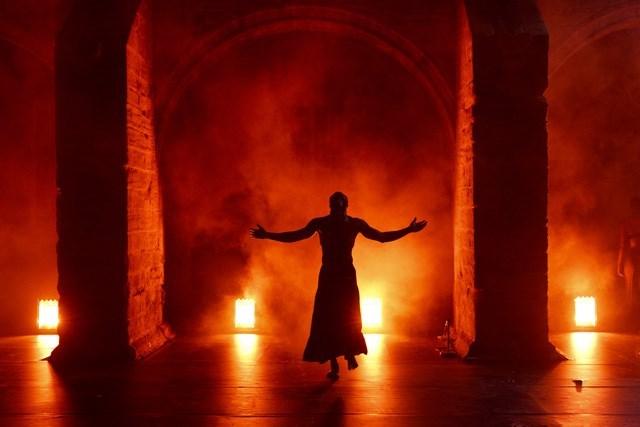 « Au-dela » © Christophe Raynaud de Lage / Festival d'Avignon