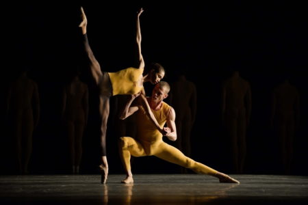 « Artifact Suite » – Chorégraphie de William Forsythe © Jesus Vallinas